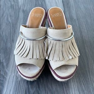 Super Cute Franco Sarto Heeled Sandal!